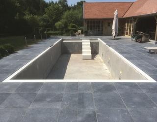 Pierres bleue pour une piscine & Terrasse
